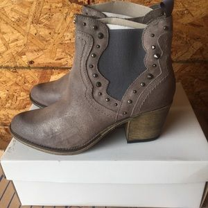 Steve Madden concrete leather cowgirls booties 11
